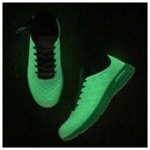 APL Techloom Phantom Shoes - GLOW!